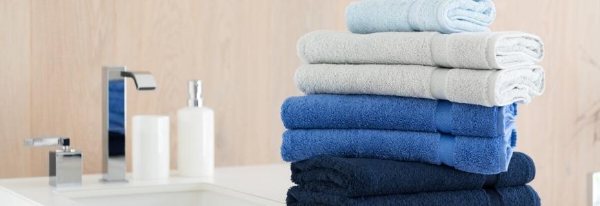 Asciugamani per il bagno: teli, lavette e set asciugamani online